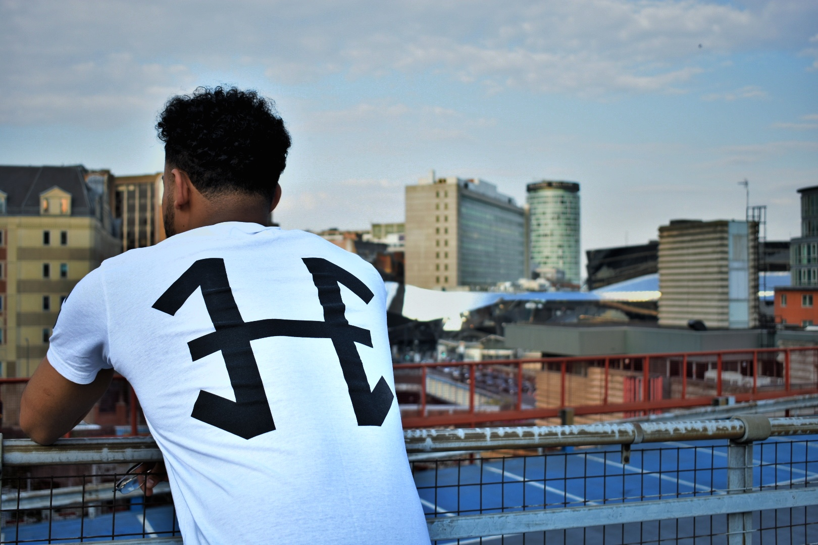 Longline tee available black & white from Hoozy.co.uk Use discount code King_sii10 at checkout